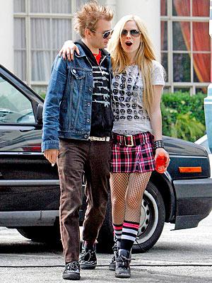 avril lavigne old hair. Avril Lavigne