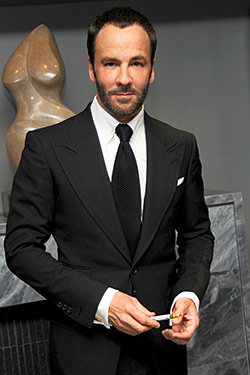 tom ford bio Tom ford is an american fashion designer, film director, screenwriter and film producer he gained fame as the creative director at gucci and yves.